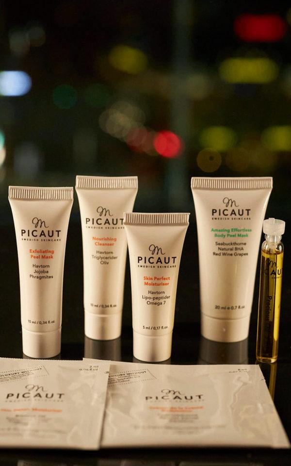 SPAKit med M Picaut 7 underbara produkter för hemma-spa-kväll på hotellrummet
